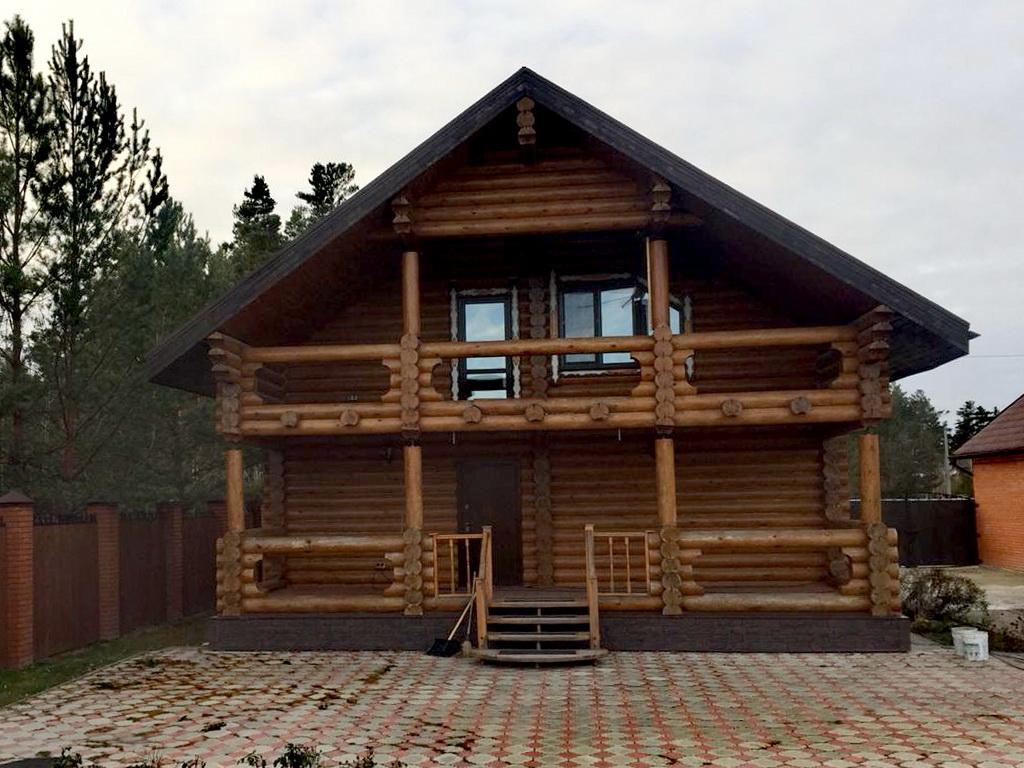 Конопатка дома из бревна оцилиндрованного в п.Победа